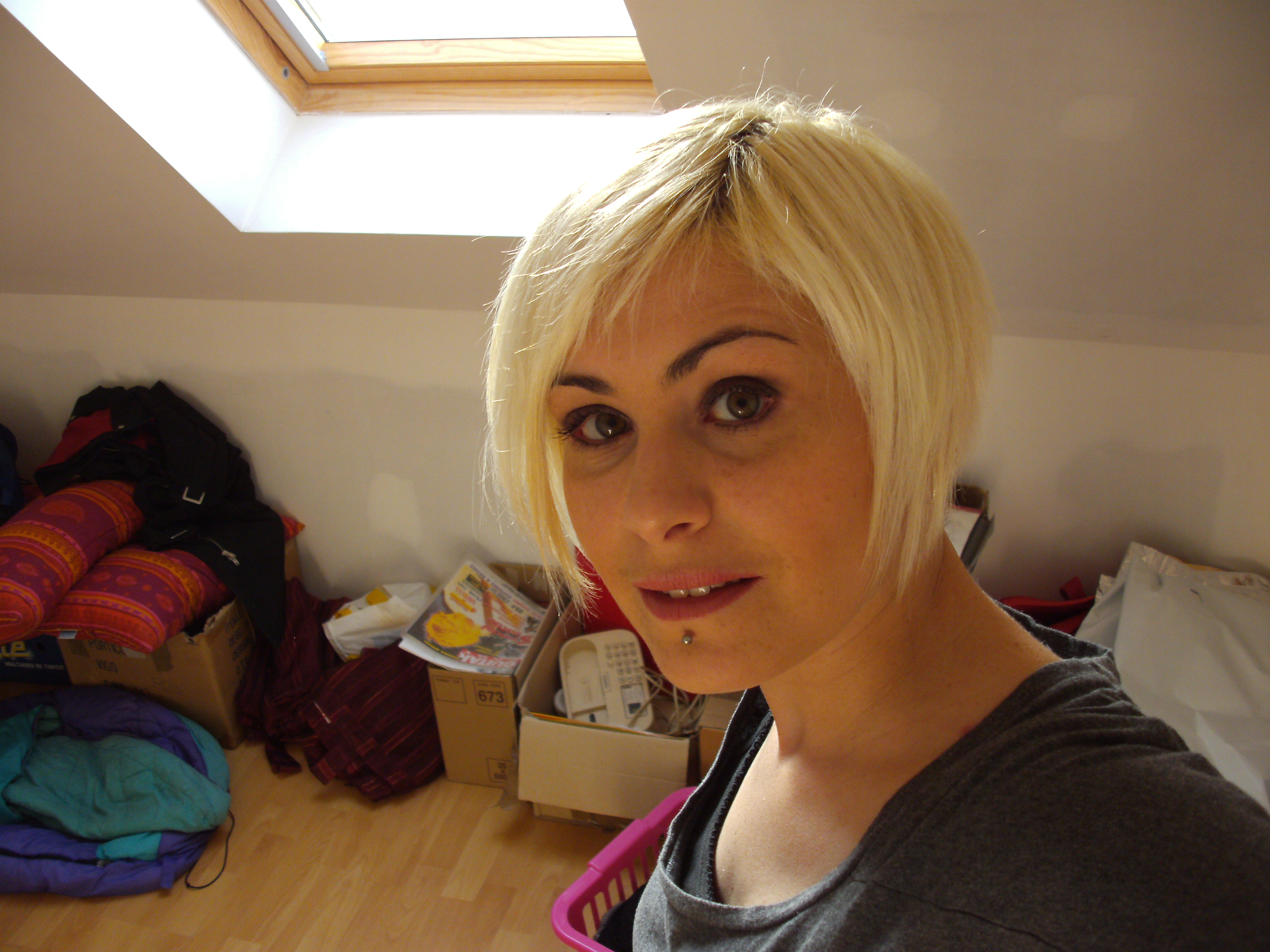 Teinture pour les cheveux garnier blond platine 111