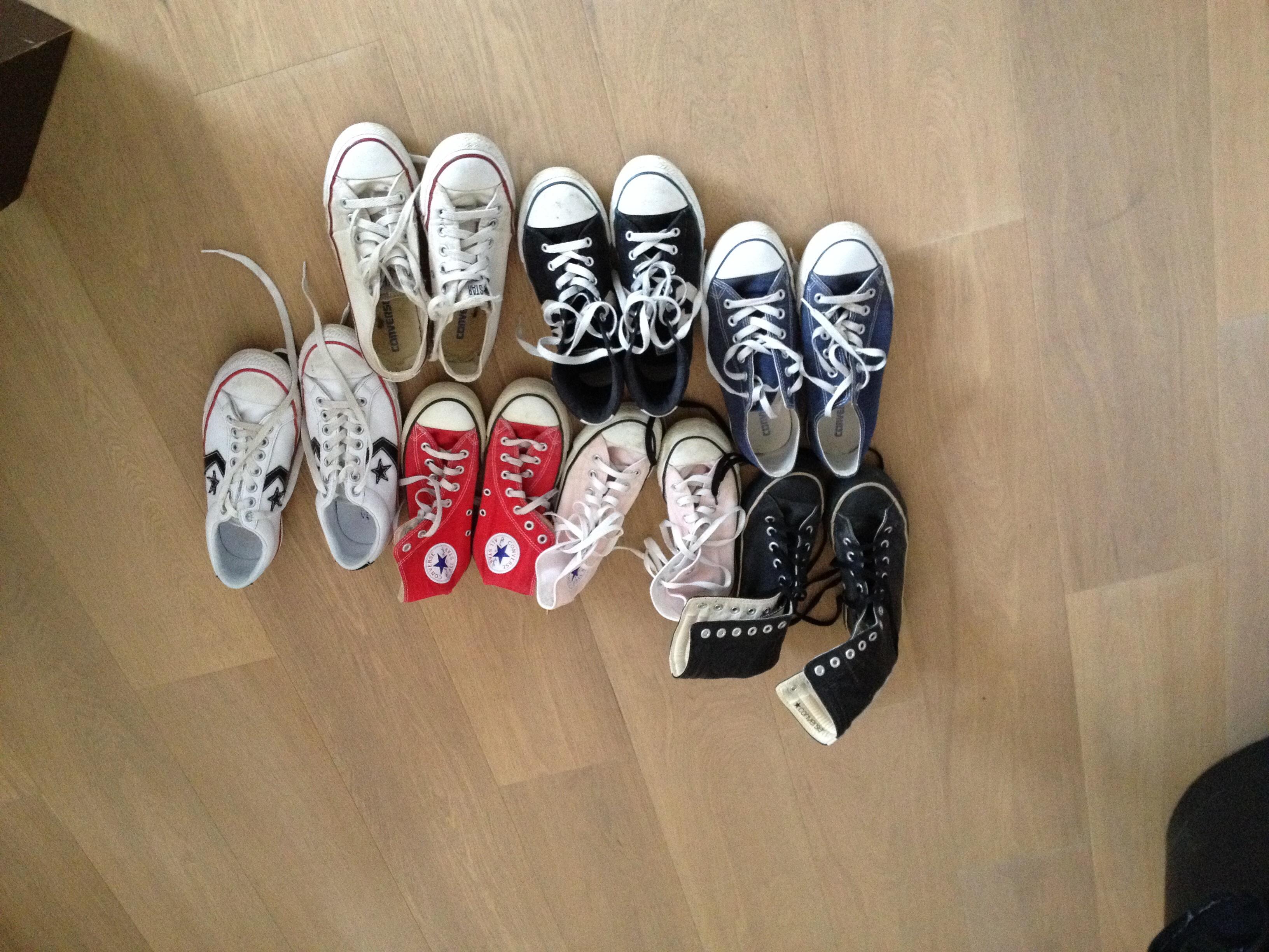 da310b00ada12 Ou elles seront pour ma fille dans quelques années  ) une petite photo de  la collection familiale sur twitter  ) belle journée !