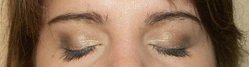 elowine-kaki-dior-yeux-fermes.jpg