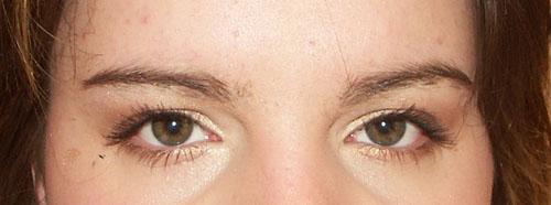 elowine-yeux-marrons.jpg