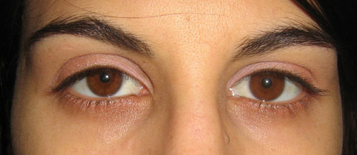 Maquillage yeux rose poudr - Yeux vert marron ...