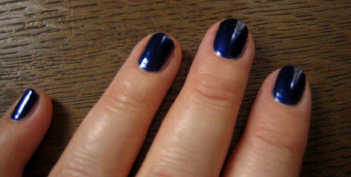 vernis-bleu-barry-m