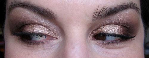 sleek et eye seal 2