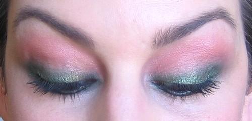 beaute Comment porter le corail sur les yeux maquillage