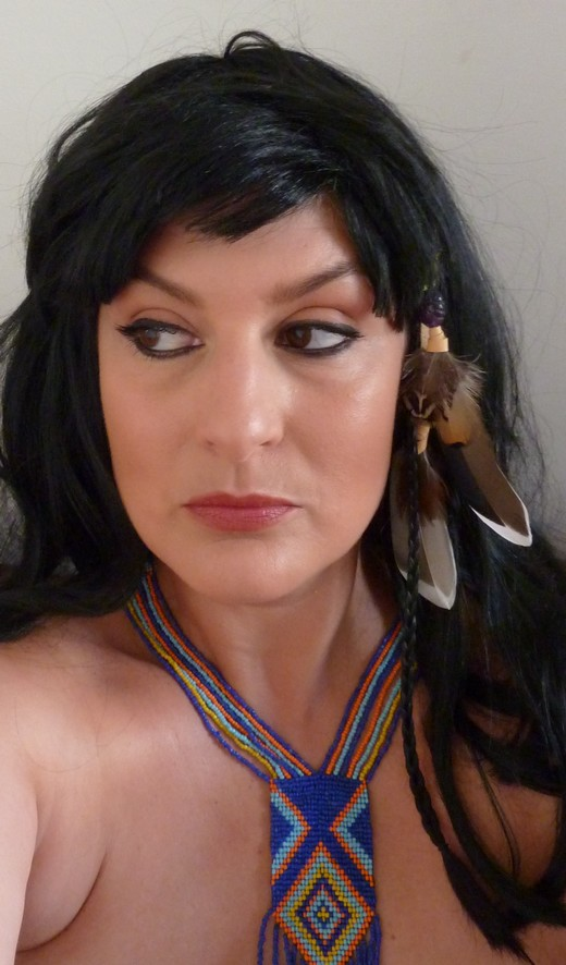 beaute Halloween : Pocahontas maquillage