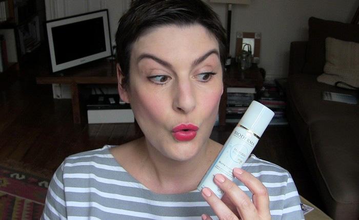 Enfin la protection solaire à pschitter par-dessus le maquillage !! – Mon  blog de fille c9f1ea6e663