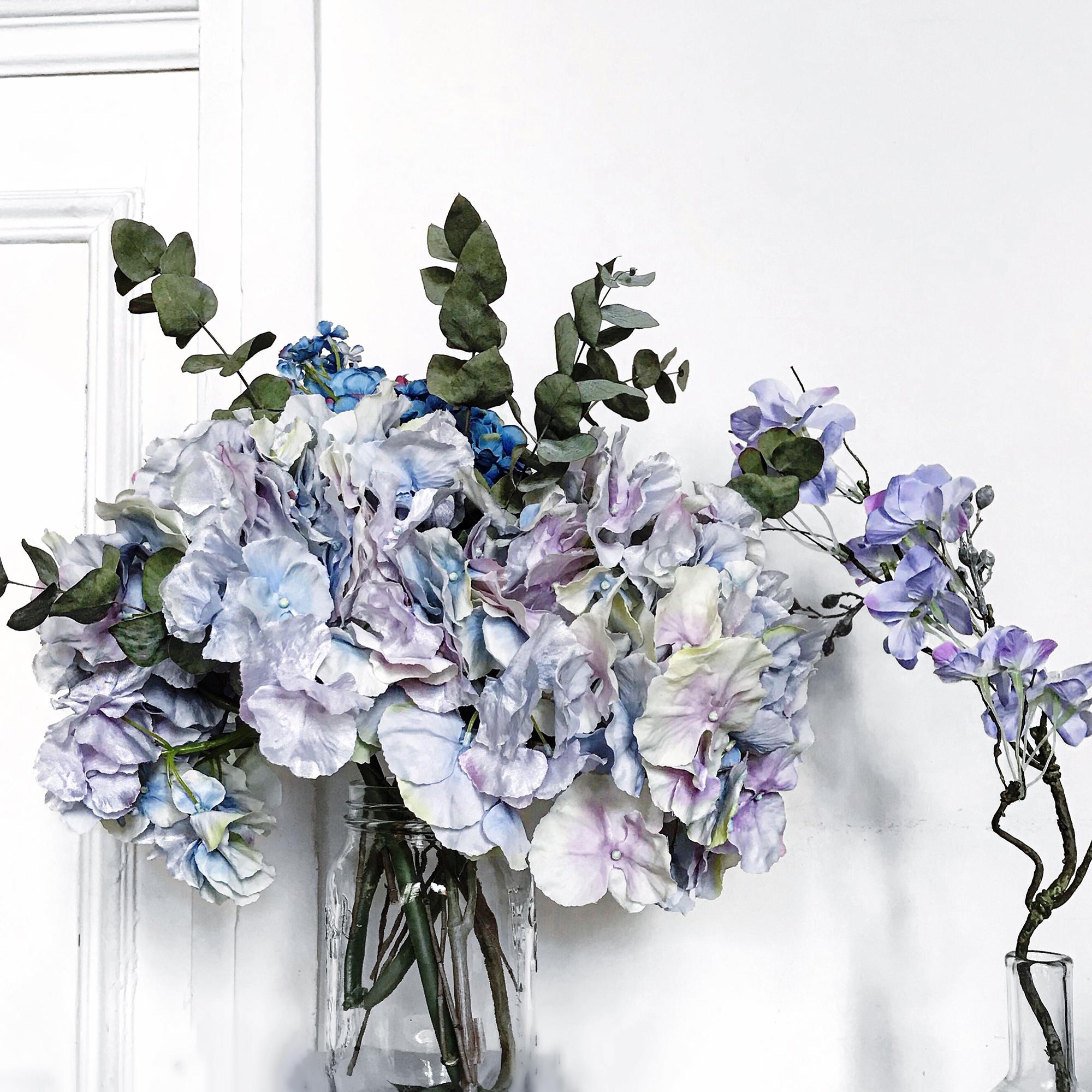9229bfca6435 J adore les hortensias, ils font partie de mes fleurs préférées. Ils me  rappellent la Bretagne où j ai passé mes vacances pendant 20 ans.